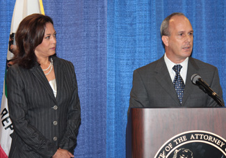 Attorney General Kamala Harris and State Bar President Bill Hebert